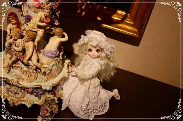 http://antique-museum.com/ajmblog/%40s_960bar3.jpg